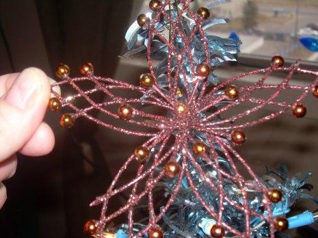 Such a pretty star ornament! I love it!