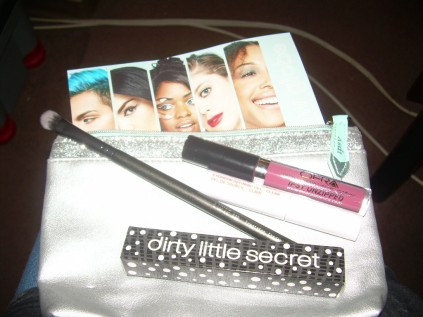 focus on the all that Ipsy beauty camera!